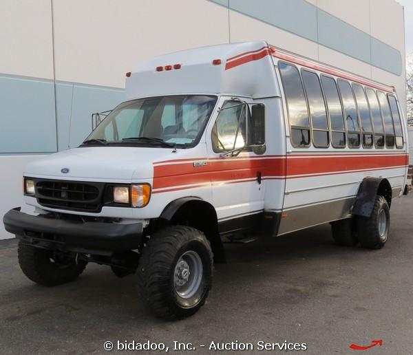 Ford E350 Econoline Off-road 4x4 21 Passenger Shuttle Van